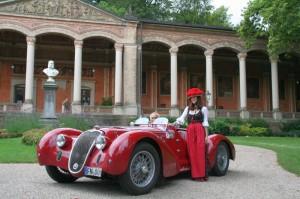 Alfa Romeo vor der Trinkhalle Baden-Baden 2009